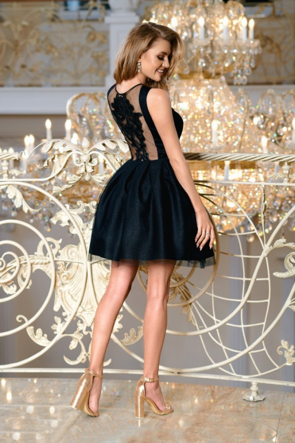 połyskujaca chabrowa sukienka
