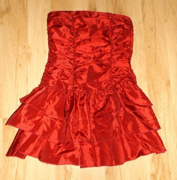 Czerwona sukienka Tammy na 152 cm
