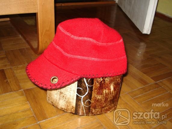 czapka dzianinowa