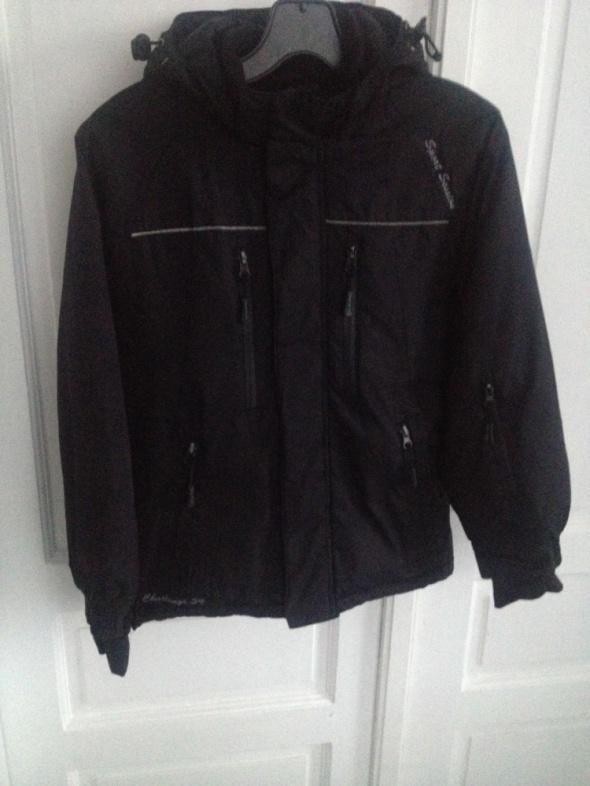 czarna kurtka chłopięca 134