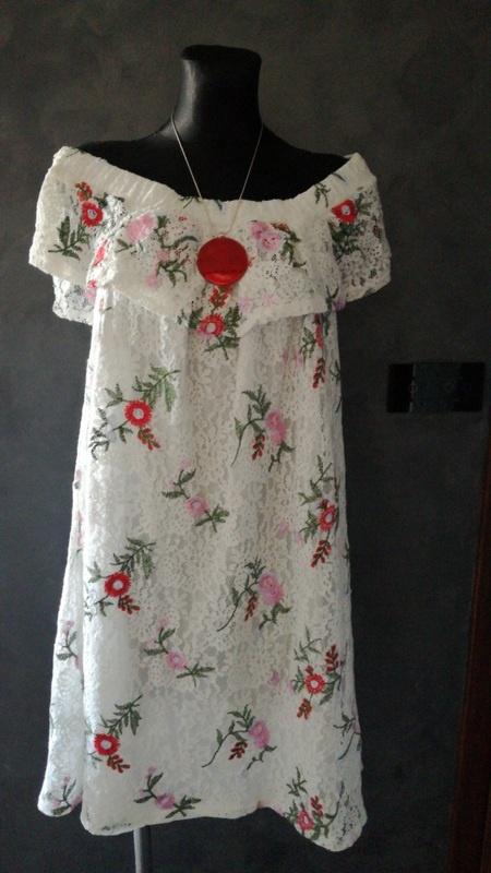 Koronkowa hiszpanka w kwiaty 44 46