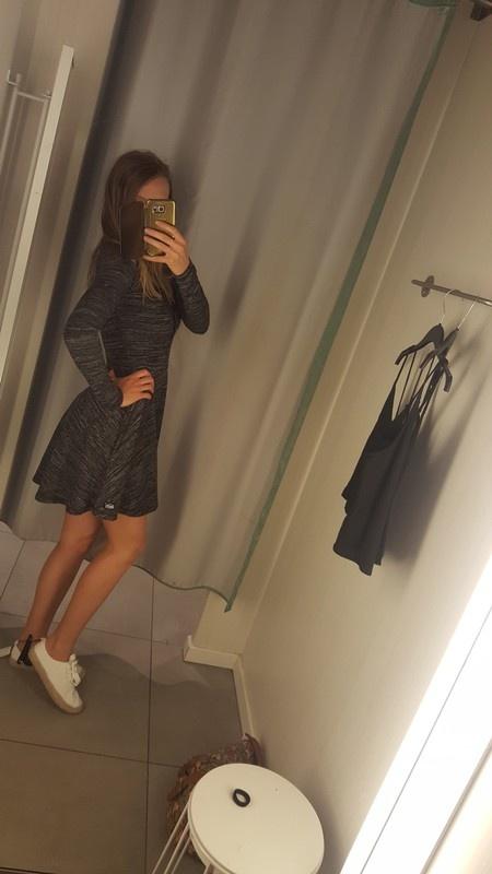 Nowa sliczna sukienka superdry s m