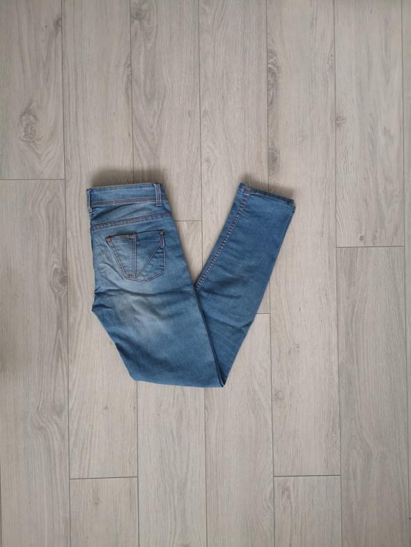 Spodnie jeansy Terranova S