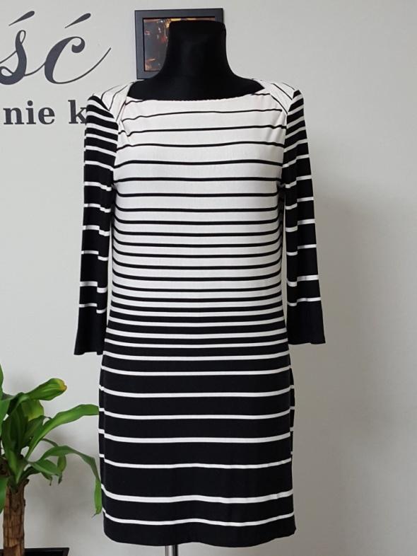 biało czarna sukienka w pasy F&F