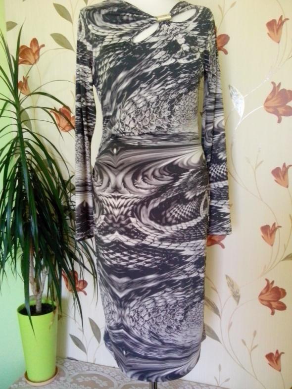 sukienka zwierzęcy wzór midi