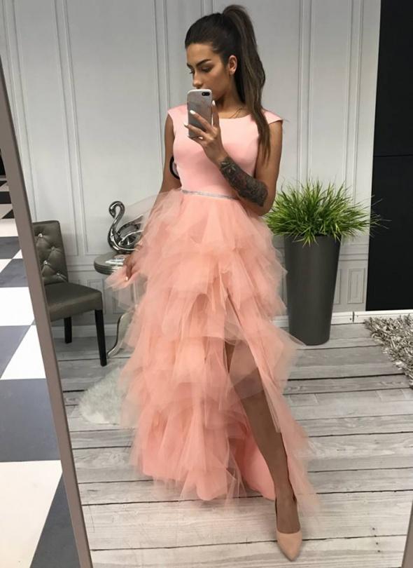 Elegancka długa sukienka pudrowa