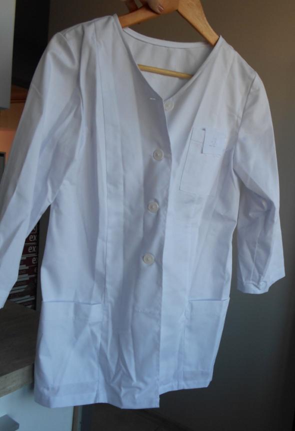 nowy biały fartuch medyczny damski guziki rozpinany