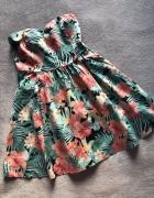 Kolorowa sukienka Stradivarius...