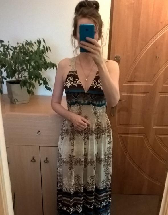 Długa sukienka z koronką pasuje na rozmiar M i L