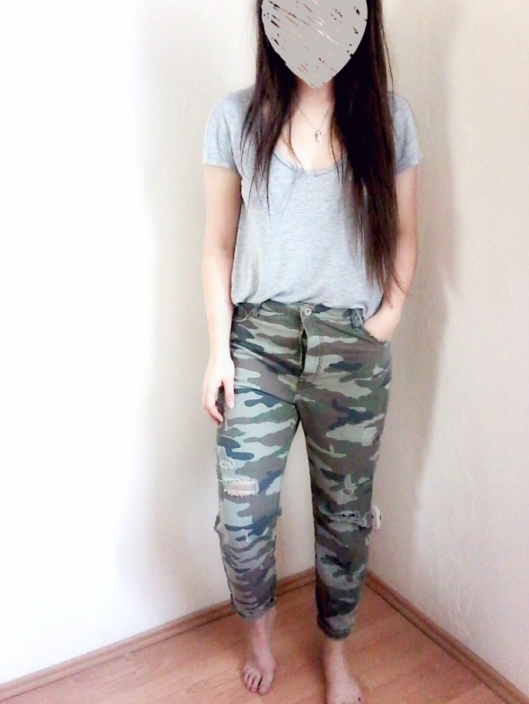 spodnie moro mom jeans w Spodnie Szafa.pl