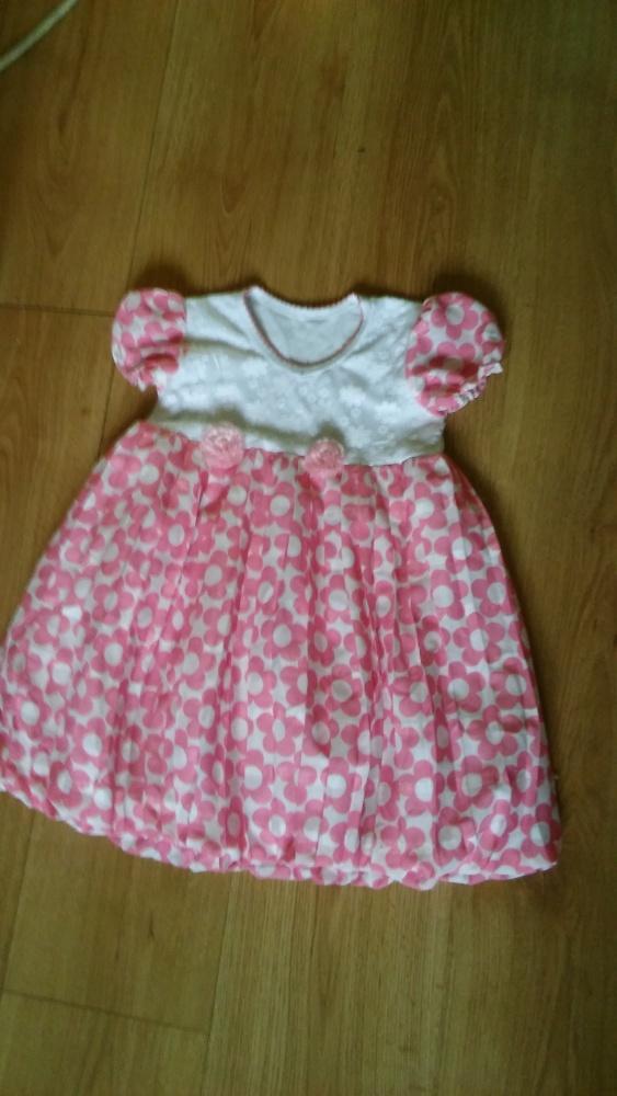 Sukienka w kwiatki 104