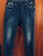 Jeansy damskie na gumce boyfriend spodnie z gumką 29...