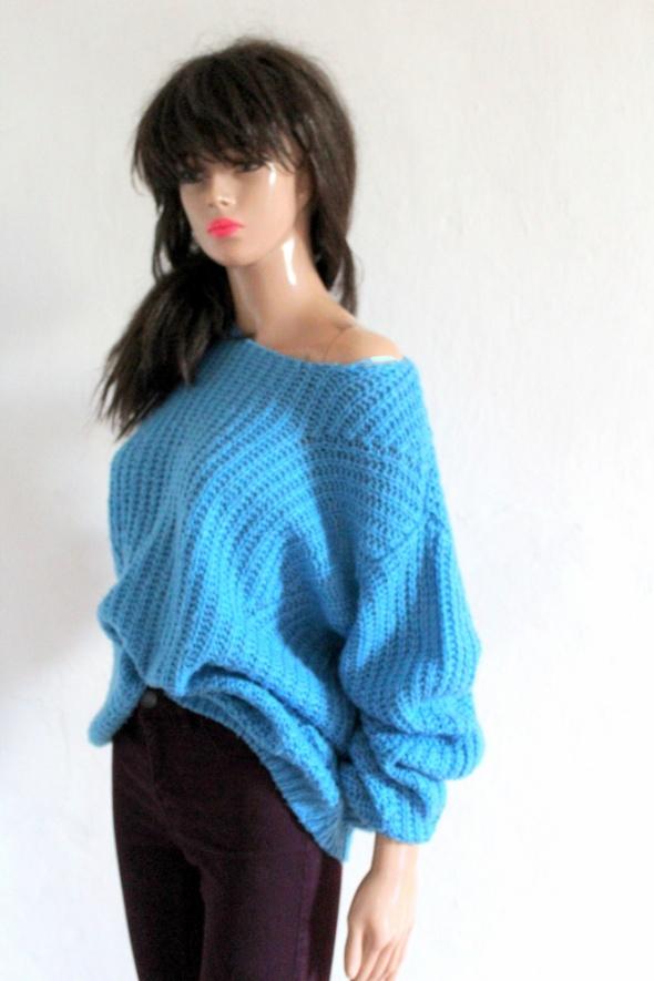 Niebieski sweterek długi rękawek r 44...