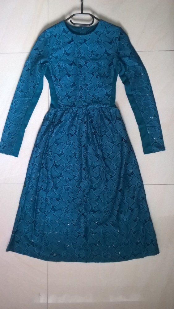 Koronkowa midi sukienka H&M
