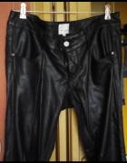 Damskie czarne spodnie z ekoskory wloskiej firmy