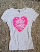 Biała bluzka koszulka neon róż serce Sinsay...