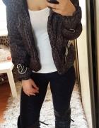 Zimowa taliowana kurteczka szara w panterke kurtka panterka cen...
