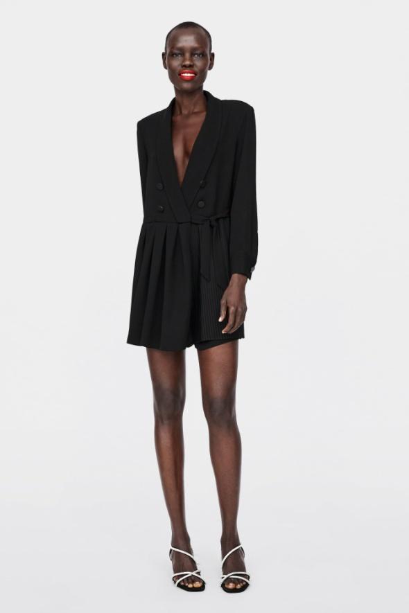 sukienka z plisowaniem...