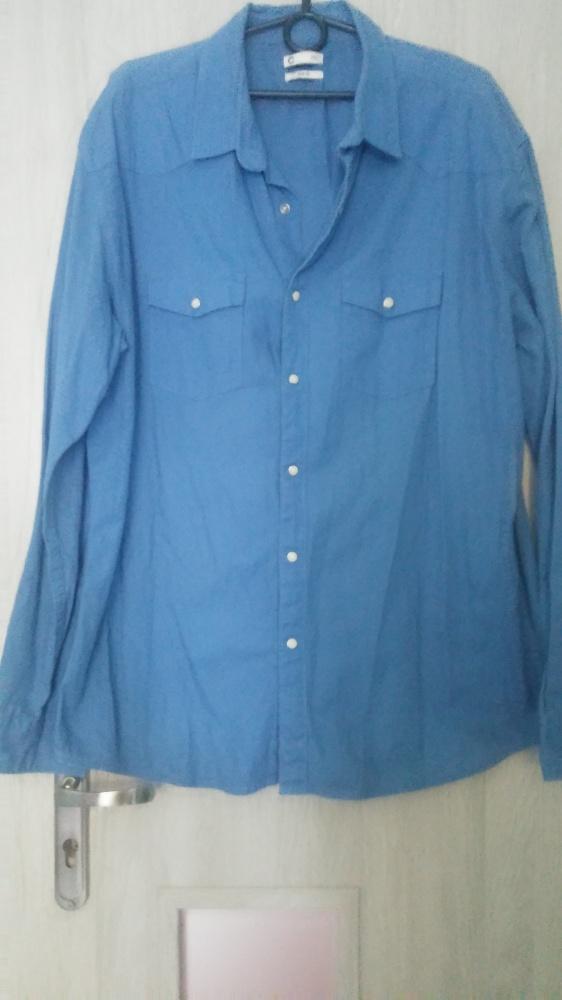 Niebieska koszula z napami Cubus...