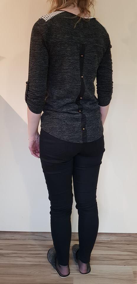 bluzka sweterkowa M