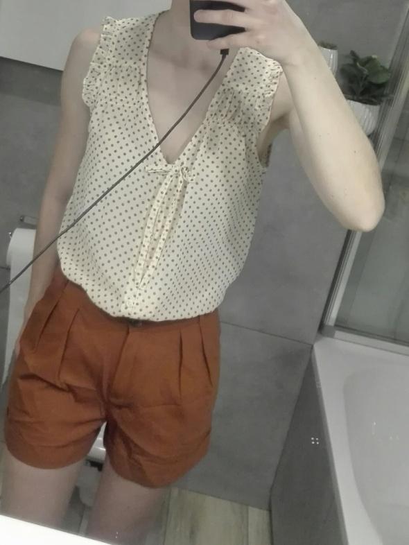 Nowa elegancka bluzka