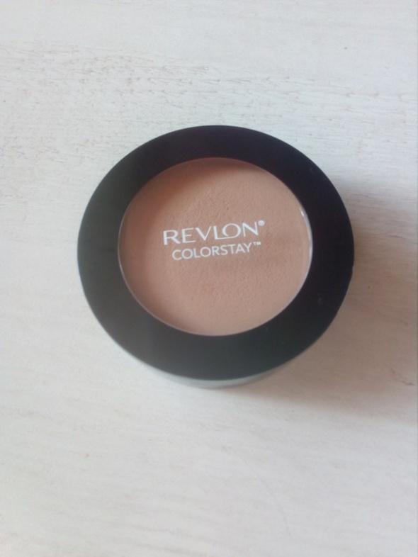Revlon Colorstay 850