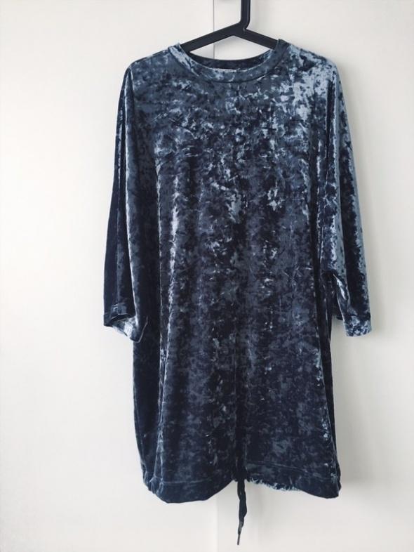 welurowa sukienka dresowa welur oversize mieniąca się hit