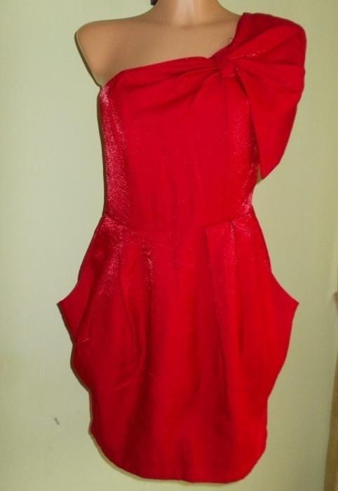 Sukienka asymetryczna tulipan czerwona AX 38 40...