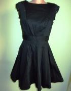 Sukienka rozkloszowana czarna Dorothy Perkins 38...