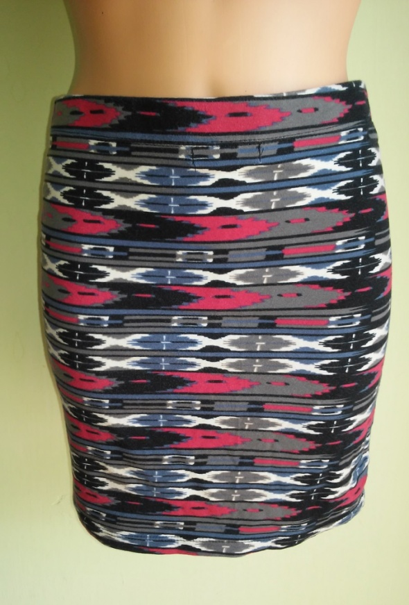 Spódnica mini w aztecki wzór Fishbone 38 40...