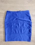 Niebieska spódnica z suwakiem...