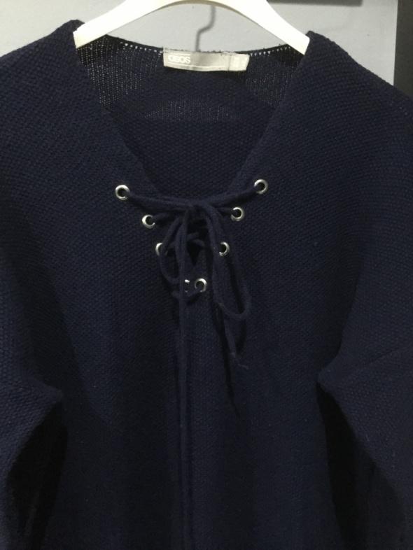 Granatowy sweter tunika ASOS...