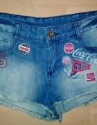 COCA COLA krótkie spodenki jeans Cieniowane naszywki M...