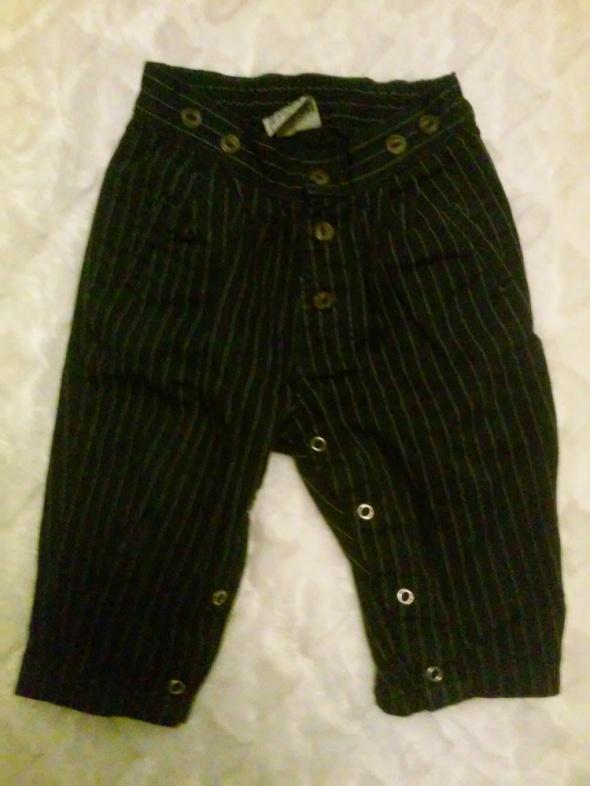 Spodnie i spodenki Spodenki elegancki