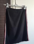 spodnica z lampasami...