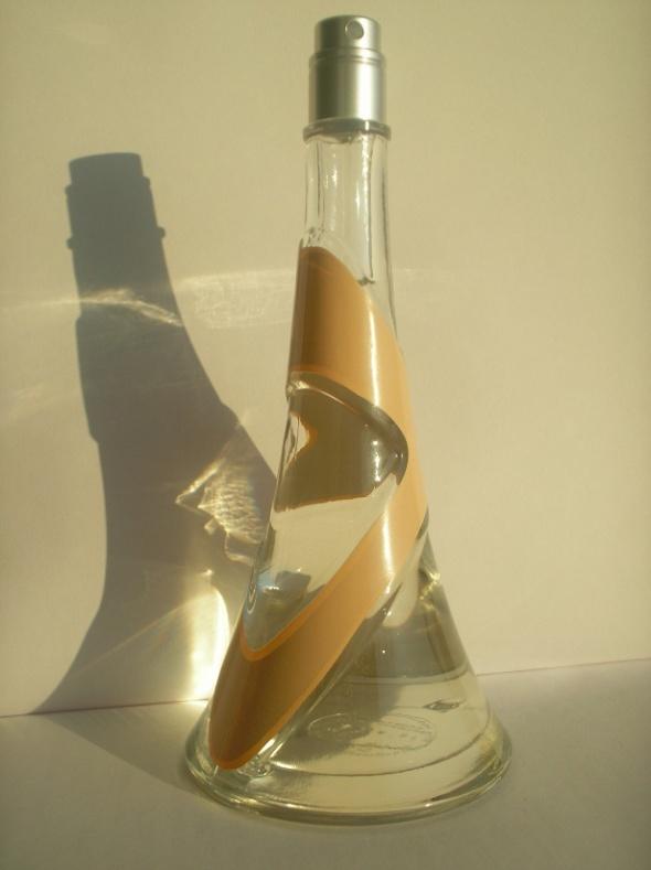 Damska woda perfumowana Rihanna Nude 50 ml