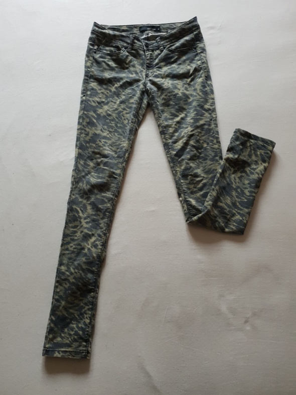 Spodnie moro rurki TALLY WEIJL 36