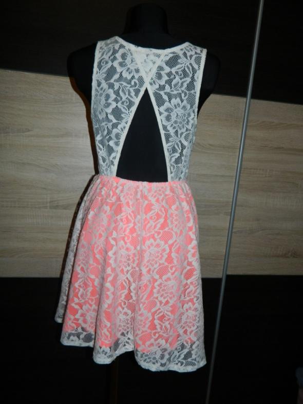 33909124f7 DIVIDED HM cudna koronkowa sukienka roz 36 38 w Suknie i sukienki ...