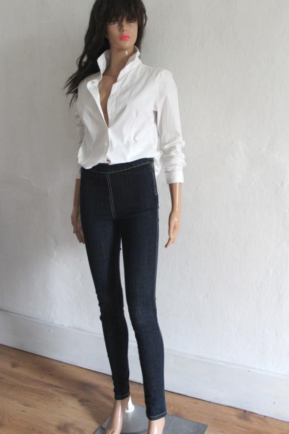 Ciemne spodnie jeansy rurki r XS...