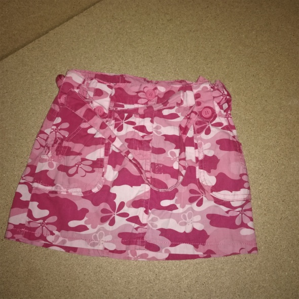 Różowa spódnica moro military 104 cm 4 lat