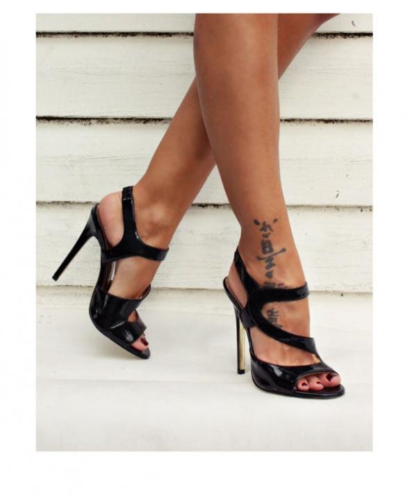 Szpilki Versace for H&M...