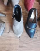 Różne buty okazją...