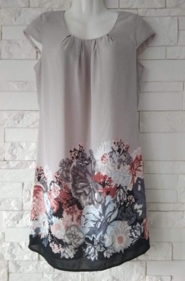 Sukienka beżowa kwiaty XS 34 H&M
