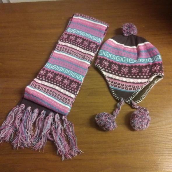 nowy komplet czapka szalik różowy brązowy z pomponami