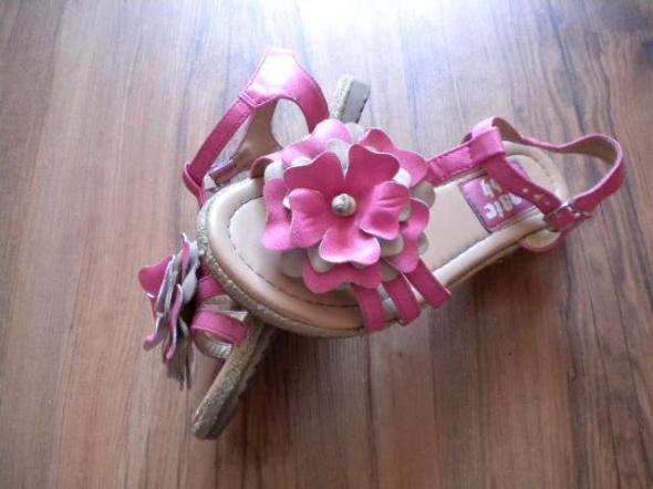 sandały 31 różowe