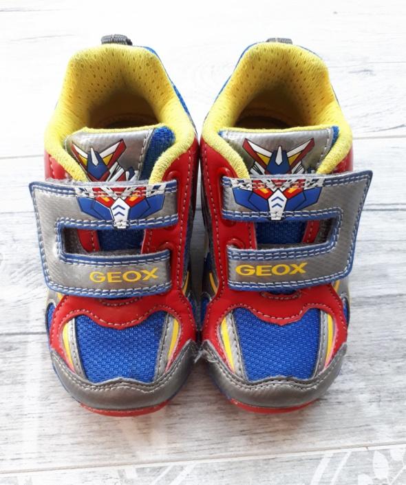 Świecące buty sportowe GEOX rozmiar 22 dla chłopca