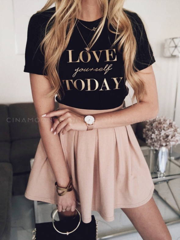 Koszulka z napisem Love yourself Today