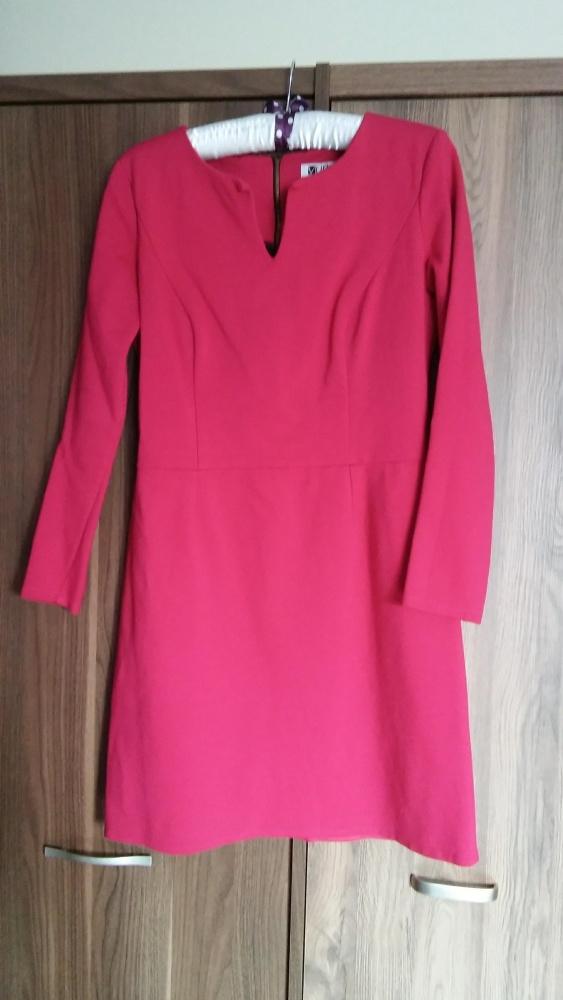 Sukienka różowamalinowa VOBU