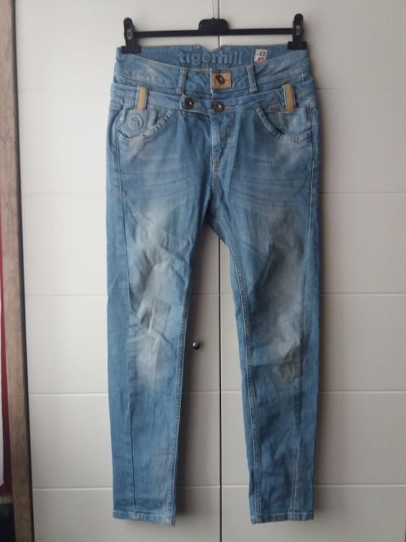 Markowe jeansy Tigerhill...