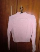 Śliczny sweterek krótki...
